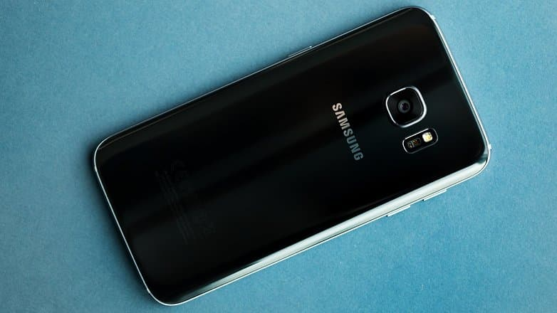 AndroidPIT Samsung galaxy s7 REVIEW 2 w782 Google Pixel VS Samsung Galaxy S7: Получится ли у Google забрать корону производителя Андроид смартфонов?