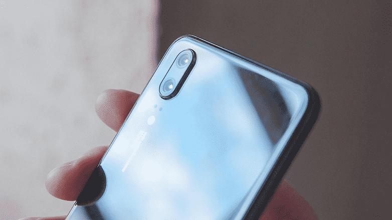 801 Обзор Huawei P20: новый внешний вид и AI для серии P