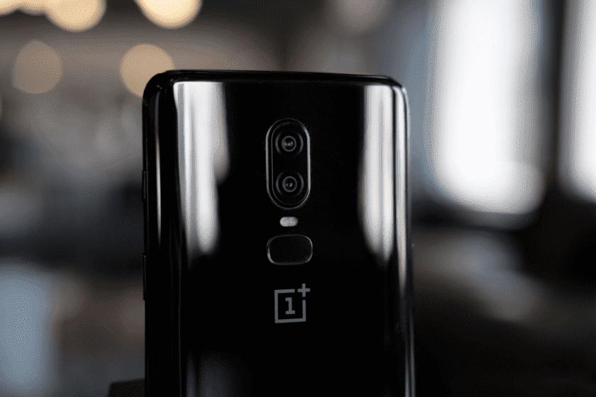 OnePlus 6 Review 11 of 19 840x560 OnePlus запустит первый телефон с 5G в 2019 году