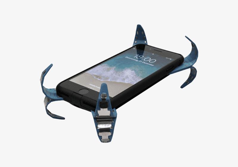 263 800x560 Будущие чехлы для смартфонов могут оснащаться «мобильными подушками безопасности» (Видео)