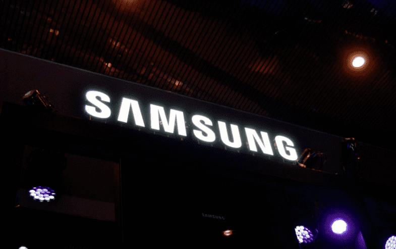 409 Нумерация моделей намекает, что будет три варианта Galaxy S10