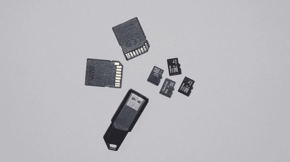 648 Как очистить память телефона на Андроиде?