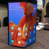 Пока Samsung испытывает проблемы, Huawei объявляет о запуске Mate X