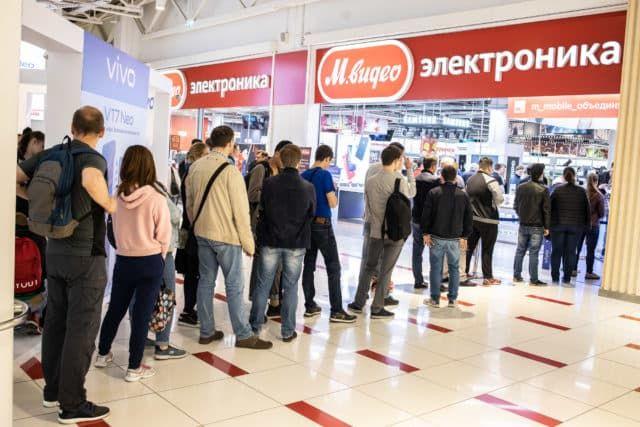 В начале года на рынке РФ зафиксирован всплеск продаж смартфонов