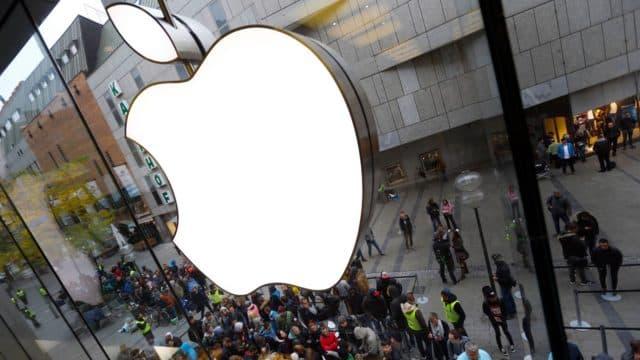 Apple готова компенсировать искусственное замедление айфонов