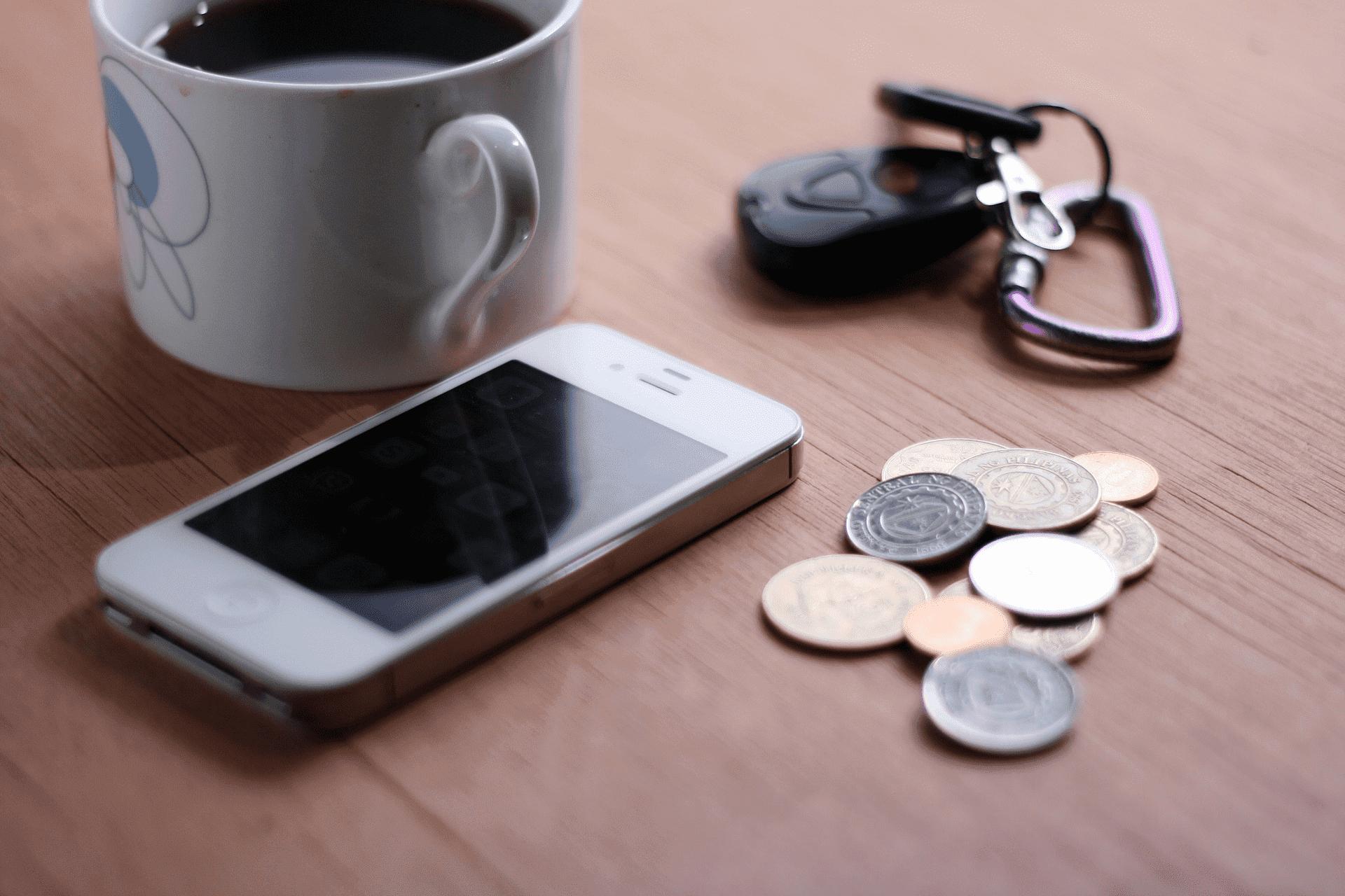 Какие вещи опасно держать рядом с мобильным телефоном