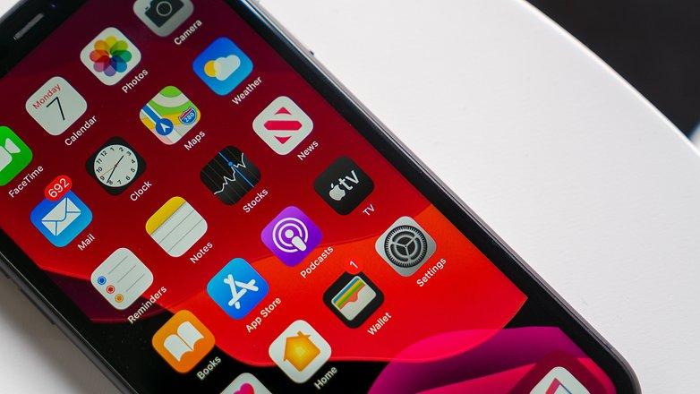 Обзор Apple iPhone 11: бестселлер 2020 года