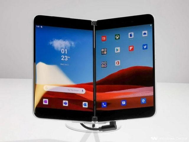 Складной смартфон от Microsoft выйдет на рынок в конце августа