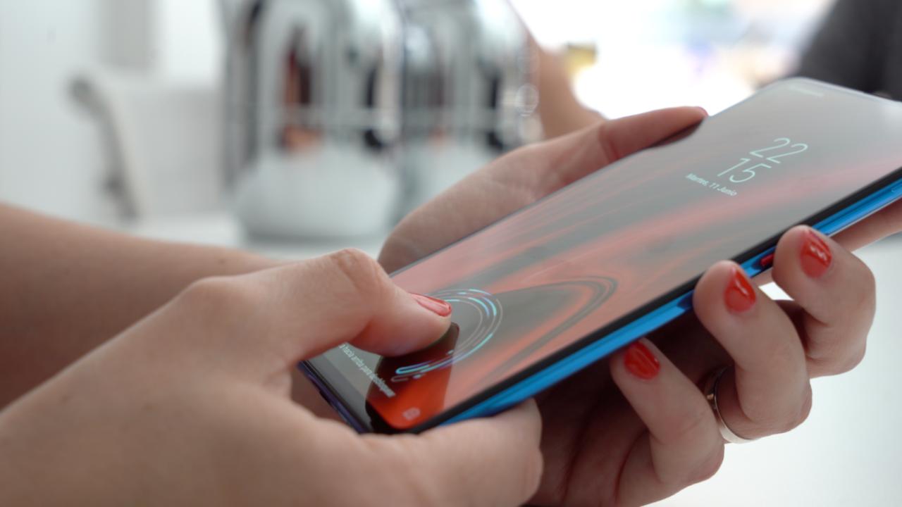Сканер отпечатка Xiaomi можно использовать как камеру