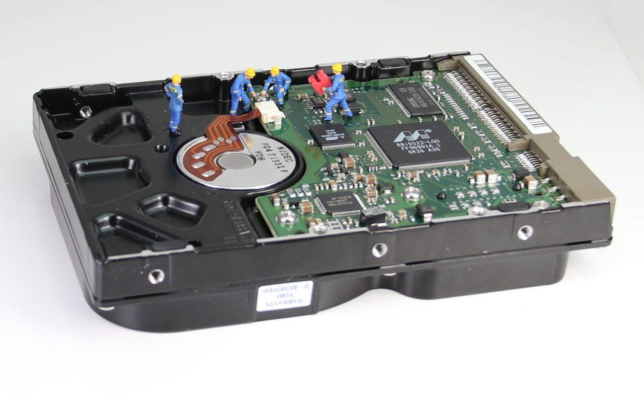 Как восстановить данные с неисправного или отформатированного жесткого диска?