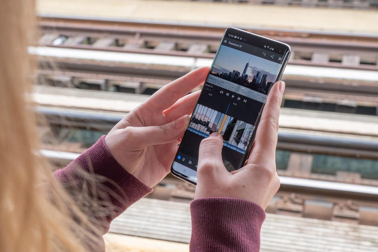 Как наложить видео на видео на Андроиде?