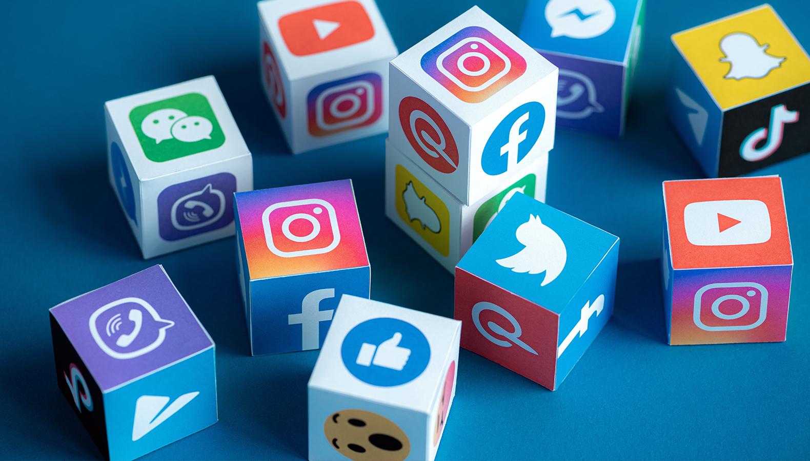 Названы самые популярные соцсети в России